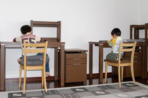 ニトリ学習机×2の写真