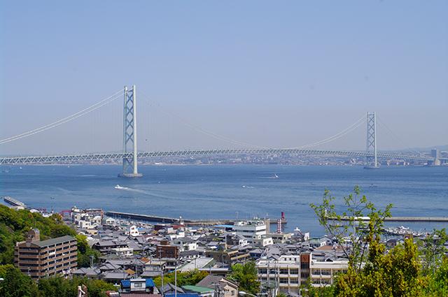 明石海峡大橋, 神戸淡路鳴門自動車道 淡路SAにて